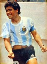 Maradona_1986_vs_italy